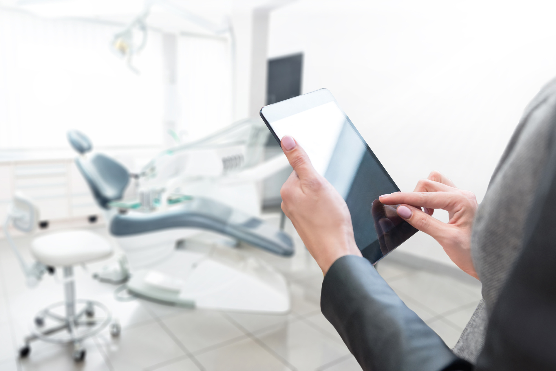 Evolution de la communication professionnelle des chirurgiens-dentistes